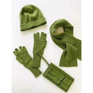 Banana Republic Cashmere Gloves Hat Scarf Wallet